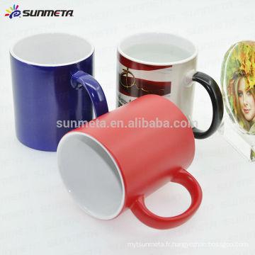 Changement de couleur des tasses thermiques pour la promotion