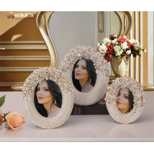 European design home decoration ornament custom made resin rose decorative round photo frame