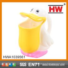 ABS Material Cartoon Duck Kids Bath Toy