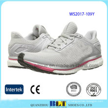 Calçados esportivos de conforto para mulheres com malha superior