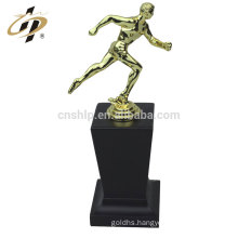 Factory gold colour custom football sport trophy cup with wooden base