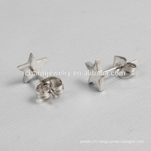 2016 New Design Ladies Silvery Star Shaped Stainless steel Stud Earrings ZZE012