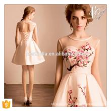 Sexy rosa kurzes Minikleid Blumenparty Abend Clubwear Kleid Nationales Kleid mit Pflaume Blume