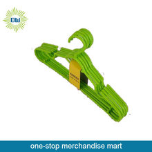 hot sale 5pc plastic clothes hangers