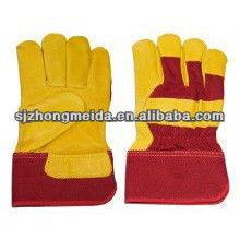 guantes de cuero partidos