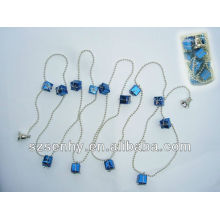Plastic bead string