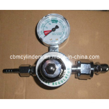 Cga540 Nut & Nipple Preset Regulator