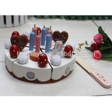 Ensemble gâteau de jouets en bois de joyeux anniversaire