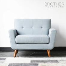 mais novo nórdico tecido moderno sofá de três lugares com estilo tufting