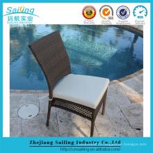 NEW 2016 Наружные плетеные стулья Белая подушка