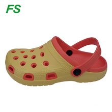 factory the newest arrival hottest design clogs for children,soft clogs garden shoes for kids with circle holes