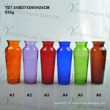 Vase à tour de verre coloré fabriqué par machine pour la pièce maîtresse