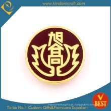 O ferro pessoal do projeto carimbou o crachá macio do Pin de metal do esmalte com o chapeamento de ouro