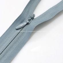 Facilité Boucles D'Oreilles Robe Motif Zipper