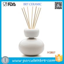 Elegant White and Red Ceramic Fragrance Diffuser Hot Sale