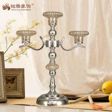 Porte-bougies en verre en métal à longue tige personnalisée pour les centres de table de mariage