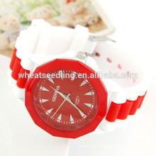 Montre à bracelet en silicone pour femme