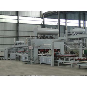 Laminage automatique de la mélamine au cycle court automatique Ligne de production de la presse chaude