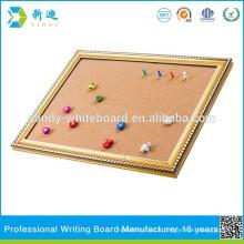 Tableau de liège en couleur pour décoration