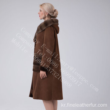 스페인 레이디를위한 Merino Shearling Hooded Luxury Coat
