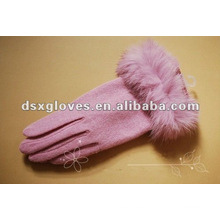 Guantes de cachemira rosa con pun ¢ o de piel de conejo