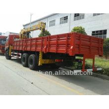 Dongfeng Tianlong truck with crane 10 ton sale in Peru