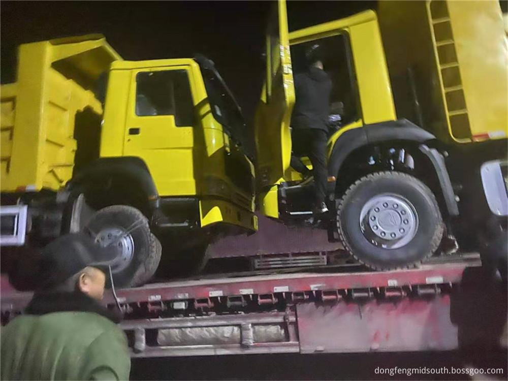 Refursbished Used Howo 6x4 10 Wheels Dump Truck7