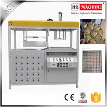 Máquina para fabricação de vácuo de bandeja de chocolate descartável de plástico