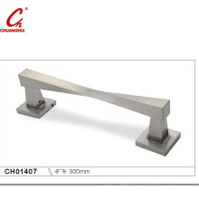 Simple and Fashionable Big Door Handle (CH01407)