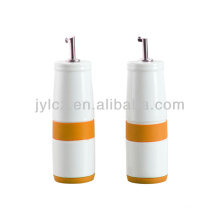 oil and vinegar bottle set with silicone band and base