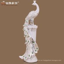 estatuilla del pavo real de la cola larga de la alta calidad para la decoración casera del hotel