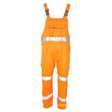 Pantalones con tirantes de alta visibilidad.