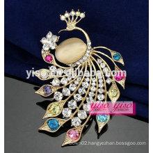 fashion jewelry peacocks crystal animal brooch