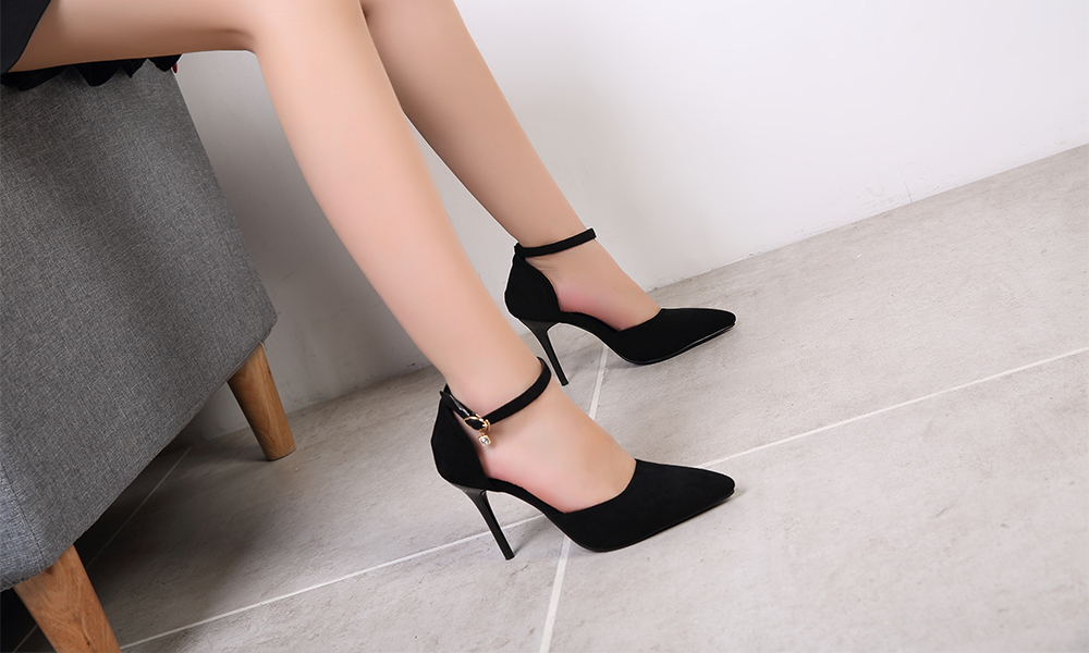 Women Rubber Pumps