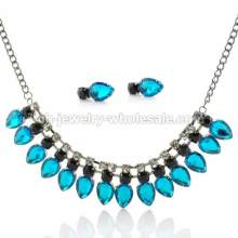 Claw Chain with Drop Acrylic Beads Amazing Elegant Women Gifts