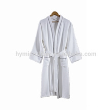 Novo design descartável Kimono hotel qualidade roupão