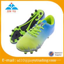 Hübsche Stil und Qualität Fußball Spike Schuhe mit günstigen Preis