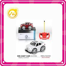 Metal 1: 28 R / C Die Cast Cartoon Toy Music Car
