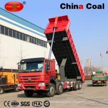 Heavy Duty HOWO Mining Site Camión Volquete 8 * 4 en movimiento
