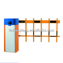 barrier gate with 2 fence arm and manual release