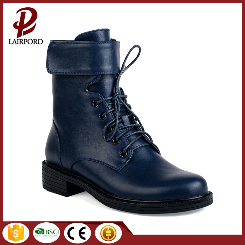 black sole warm flat boots with shoelace