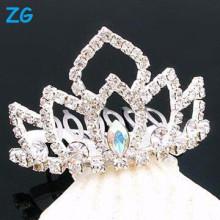 Peintures de cheveux de mariée magnifiques en cristal, peignes de cheveux en métal, peignoirs pas chers