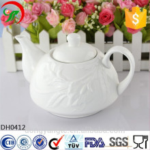 plain white porcelain teapot,ceramic Teapot with embossing design