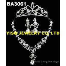 Venda quente flor e coroa colar configuração de jóias 3pcs