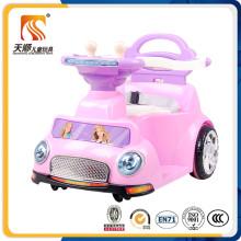 Carro elétrico bonito chinês para bebê na fábrica