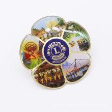 Supply Cheap Printed Epoxy Flower Shape Metal Pin Badge