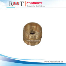 Pieza de maquinaria de rosca CNC de latón