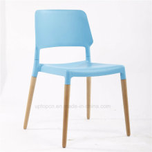Modern Bright Color Popular Plastic Wooden Leg Dining Chair (SP-UC398)