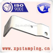 Pièces d'estampage métallique de haute précision pour pièces de relais plaque de contact