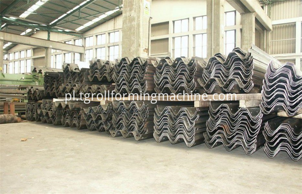 Expressway Crash Barrier Forming Machine